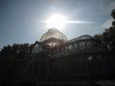 Crystal Palace in Parque de El Retiro in sun