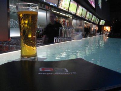 D03_Beer_and_Menu.jpg