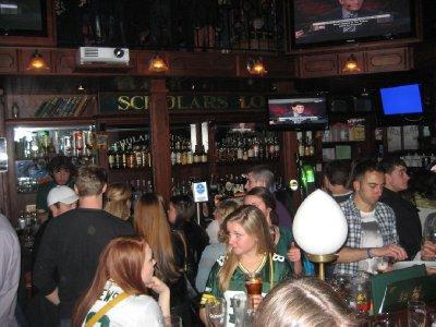 Fans_at_the_Pub.jpg