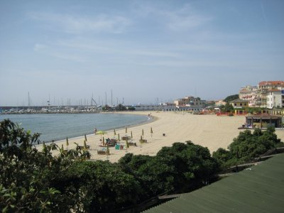 H052_Beach.jpg
