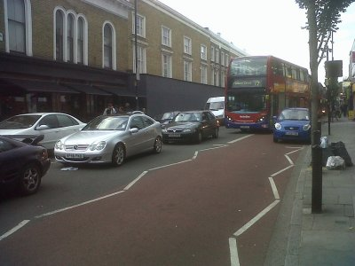 Traffic in Islington on the Cally Road