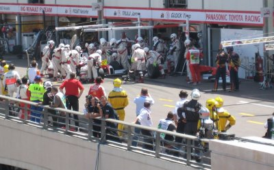 L140_Toyota_Pit.jpg