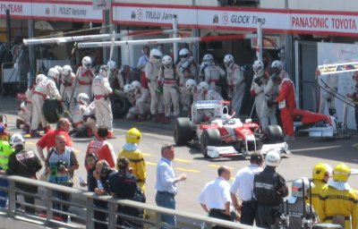 L141_Toyota_Pit.jpg