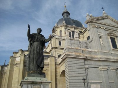 Pope_John_..lmudena.jpg