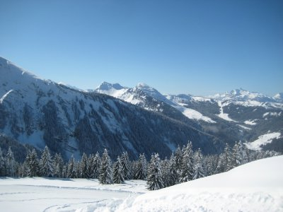 The_Hills_of_Morzine.jpg
