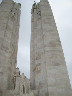 V008_Vimy_Memorial.jpg
