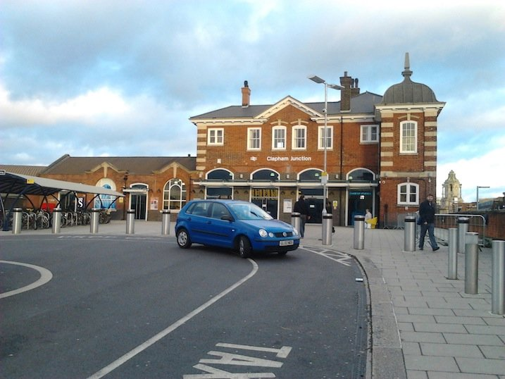 Clapham Junction Station (St. John&#39;s Hill entrance)