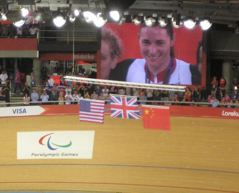 2012 09 01 Sarah Storey Podium Ceremony