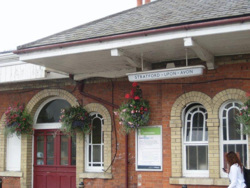 Stratford's train Station
