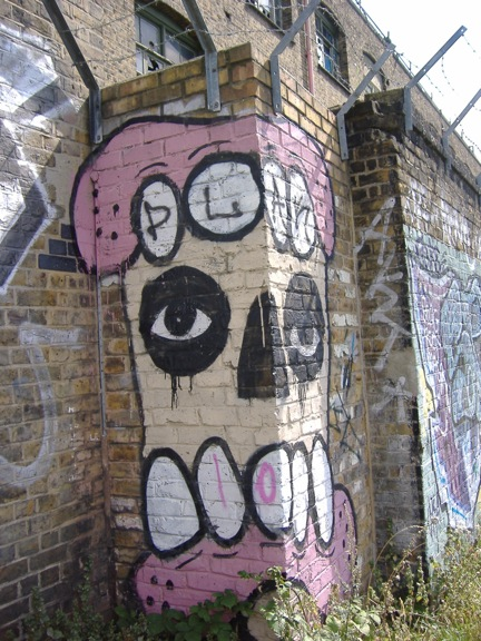 Teeth and Skull Grafitti, Stratford