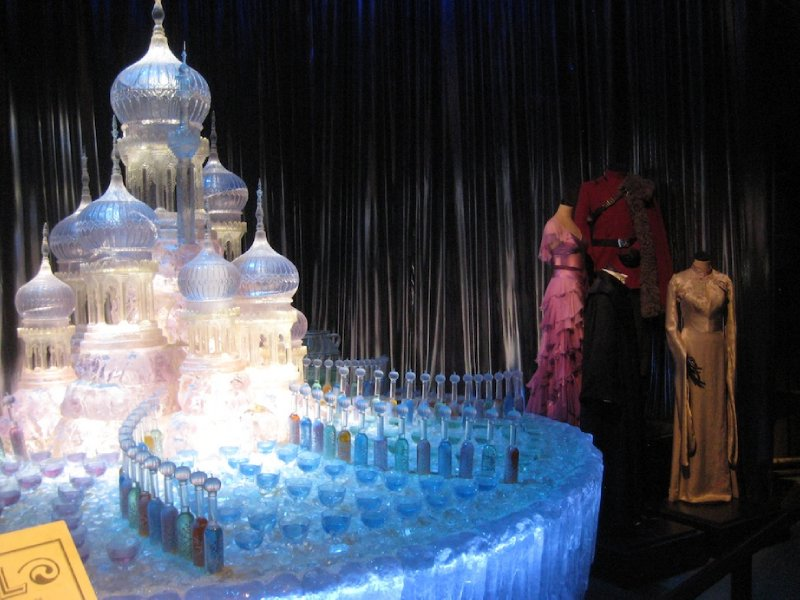 Yule Ball Ice Scuplture 002