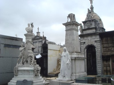 Recoleta cemetery 2