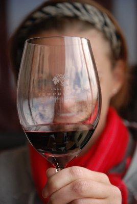 lori wine glass