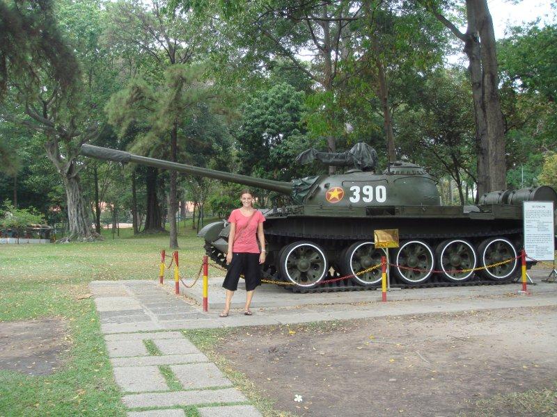 lori tank