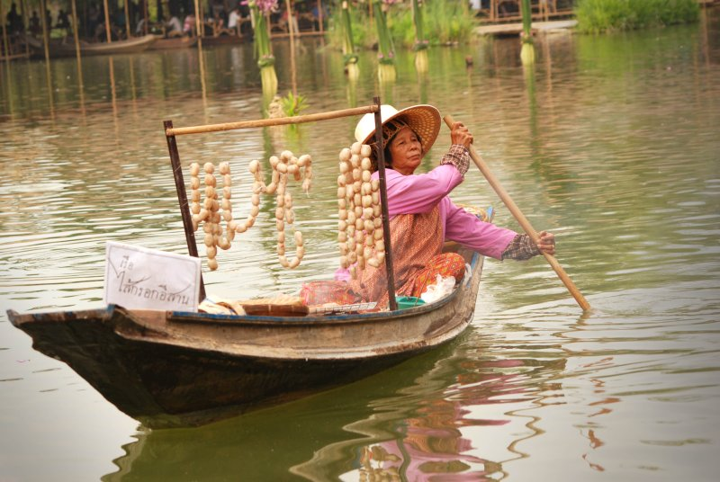 woman sausage boat
