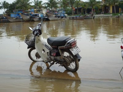 Vietnam - River rising in Hoi An!