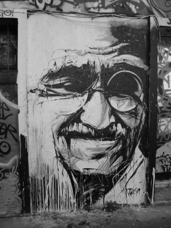 Graffiti b/w