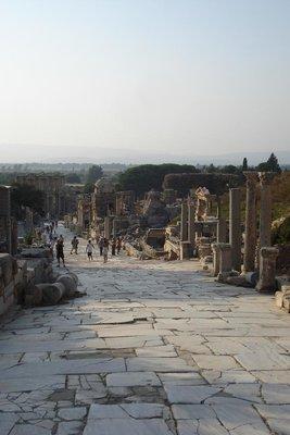 Curetes Way - die Hauptstrasse durch Ephesus