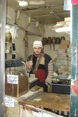 Seifenverkäufer im Souk von Aleppo