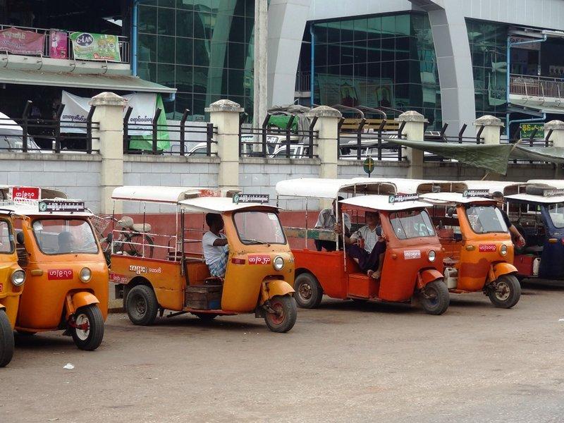 large_Tuktuk.jpg