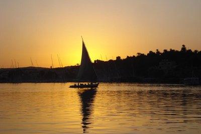 mit 6680km laengster Fluss der Erde - der Nil