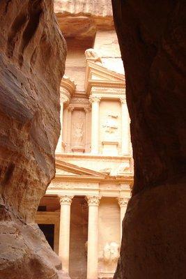 wer kennt dieses Weltwunder nicht - the Treasury in Petra