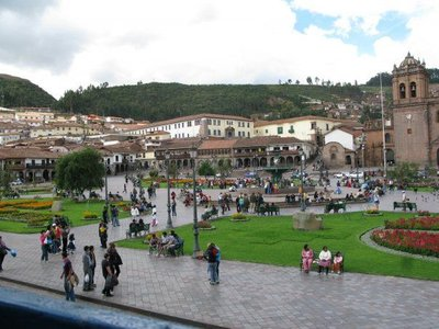 Cuzco_plaza.jpg