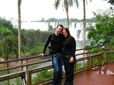 Iguazu_couple.jpg