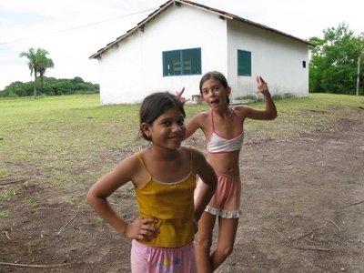 Pantanal_girls.jpg