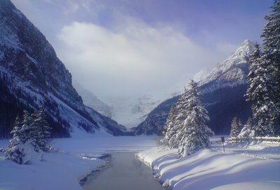 Frozen lake louise