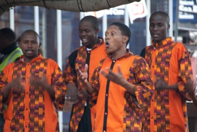 We enjoyed lunchtime music from an acapella group at the Victoria and Alfred waterfront in Cape Town.