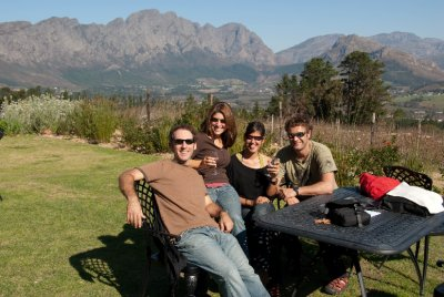 We met a lovely couple, Zaida and Isi, from Barcelona, Spain. They were wrapping up an 11 month cycling adventure through all of Africa. Their stories were fascinating. Now they are off to Asia to travel by bike there. We wish them luck ; - )