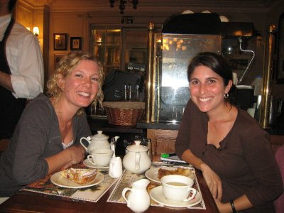 Kath and I enjoy some delicious cake and tea in London. She also helped me shop for birthday and anniversary gifts for Dave. We met Kath, a South African, in Argentina. She did a similar trip to us and we bonded immediately. We also stayed with her parents in South Africa.