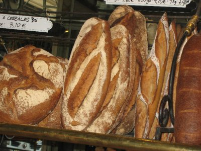 Ah, the delicious bakeries in Paris!