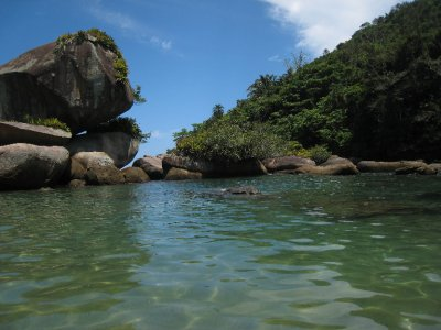 At the end of one of the beaches in Trinidade there is a natural swimming pool of calm, warm water.