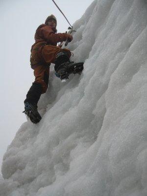 Ice_climbing_.jpg