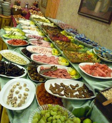 Breakfast_buffet.jpg