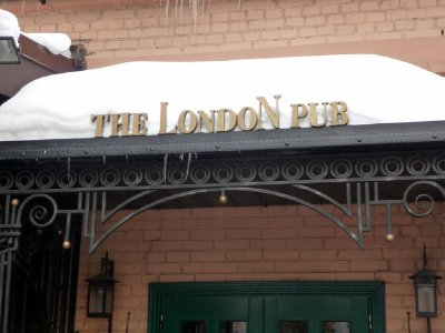 London Pub sign