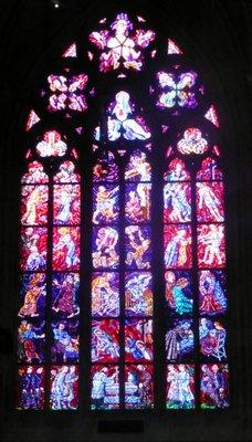 Stained_glass_window.jpg