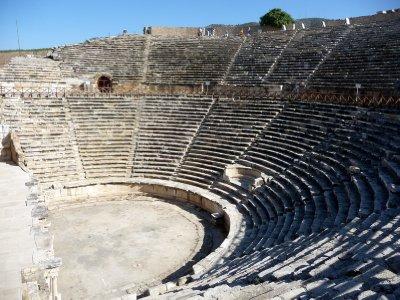 Theatre_Hierapolis.jpg