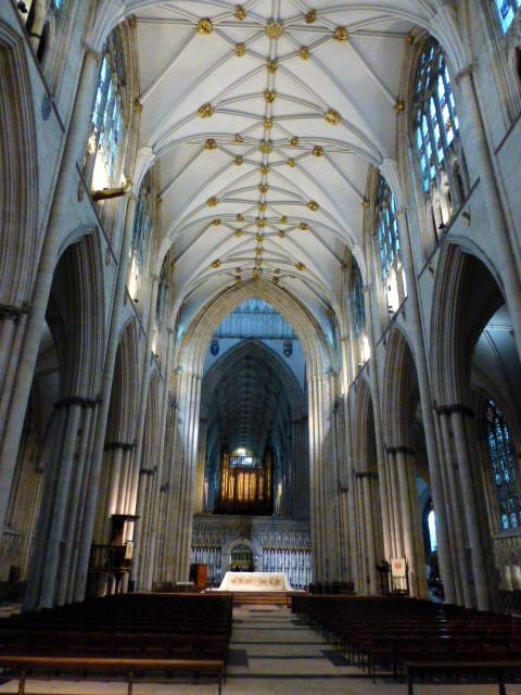 large_Interior_York_Cathedral.jpg