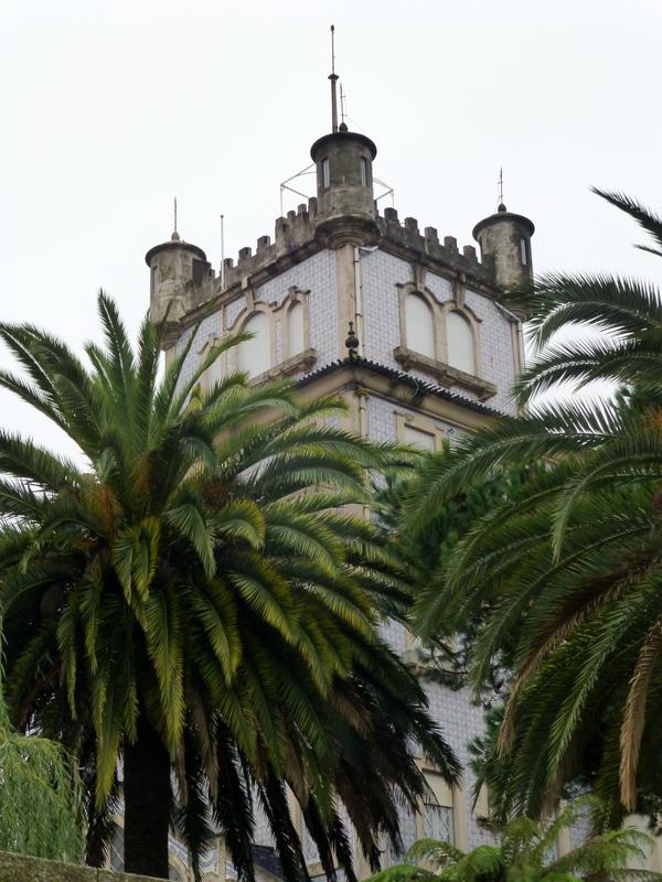 large_Turret_of_Castle.jpg