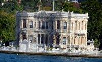 Bosphorus_chateau.jpg
