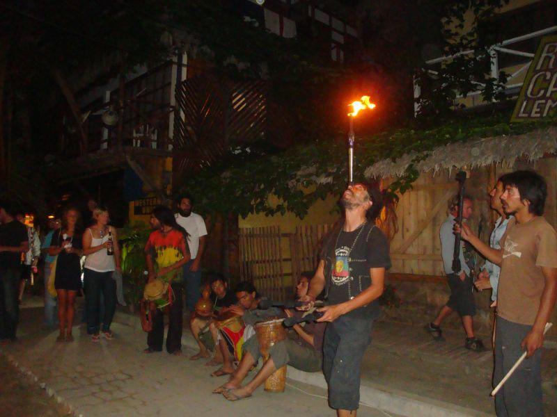 Street performers 2