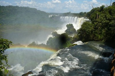 Plenty of waterfalls (with rainbow)
