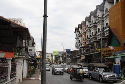 Charoen Muang Road