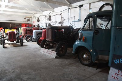 Tractors @ Rockville Settlers & Machinery Museum