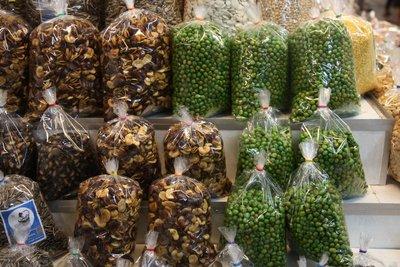 Dried Peas @ warorot market