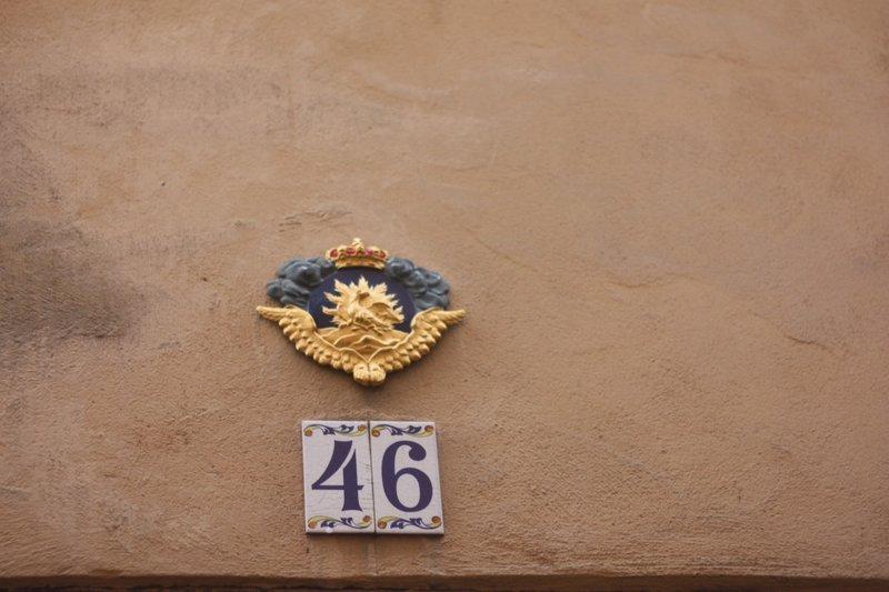 Insurance plaque