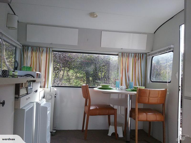 large_caravan_cafe.jpg